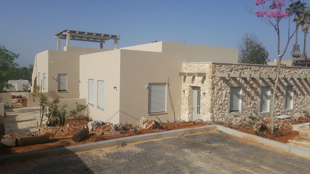 בניית 2 בתים בנחלה כולל פיתוח